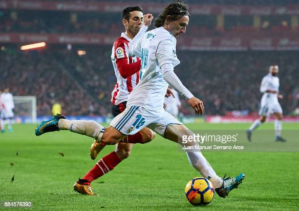 Luka Modric of Real Madrid CF in action during the La Liga match between Athletic Club and Real Madrid at Estadio de San Mames on December 2 2017 in...