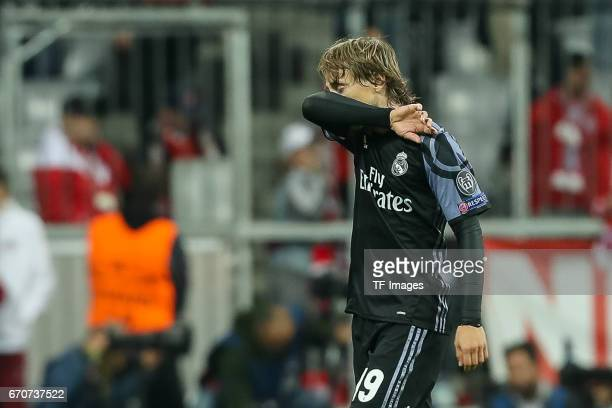 Luka Modric of Real Madrid gestures during the UEFA Champions League Quarter Final first leg match between FC Bayern Muenchen and Real Madrid CF at...