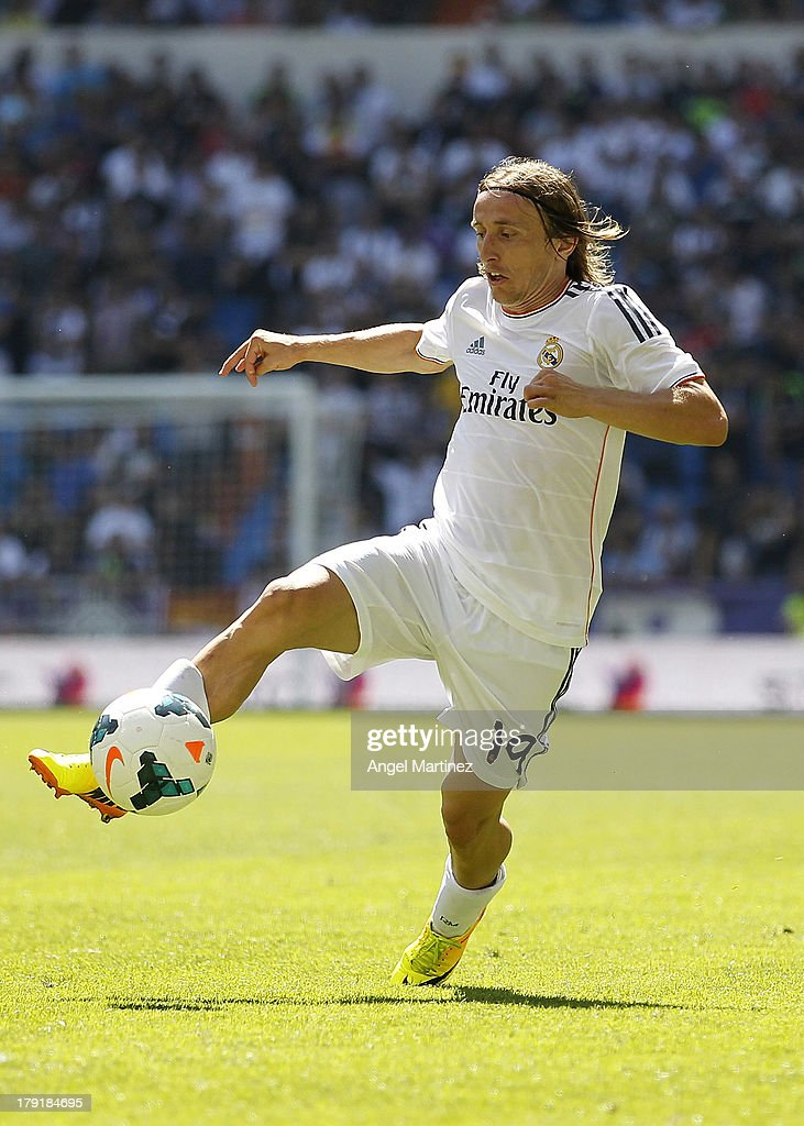 Luka Modric of Real Madrid in action during the La Liga match between Real Madrid and Athletic Club at Estadio Santiago Bernabeu on September 1, 2013 in Madrid, Spain.