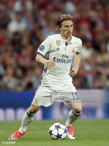 Luka Modric of Real Madridduring the UEFA Champions League quarter final match between Real Madrid and Bayern Munich on April 18 2017 at the Santiago...