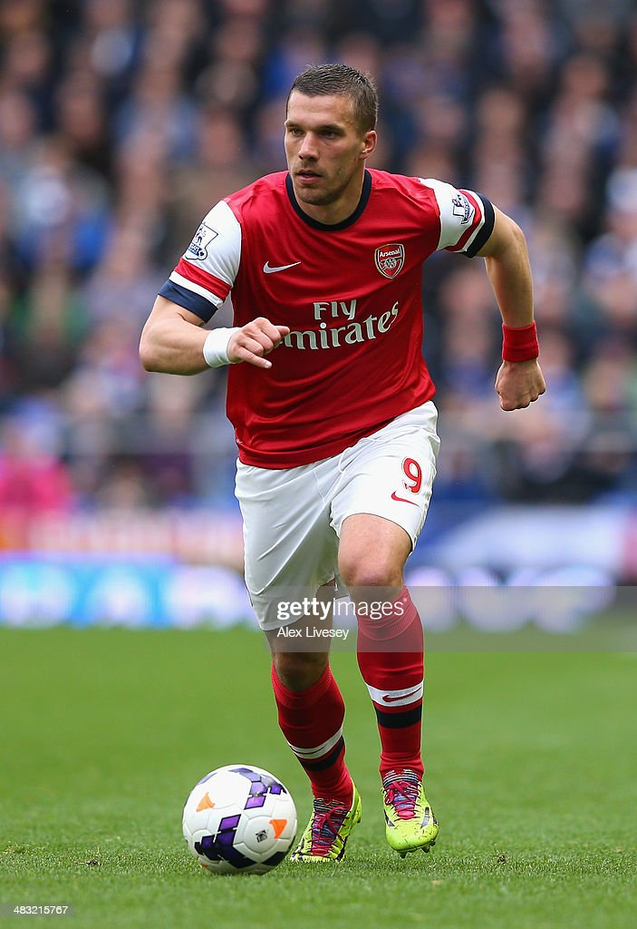 <a gi-track='captionPersonalityLinkClicked' href=/galleries/search?phrase=Lukas+Podolski&family=editorial&specificpeople=204460 ng-click='$event.stopPropagation()'>Lukas Podolski</a> of Arsenal in action during the Barclays Premier League match between Everton and Arsenal at Goodison Park on April 6, 2014 in Liverpool, England.