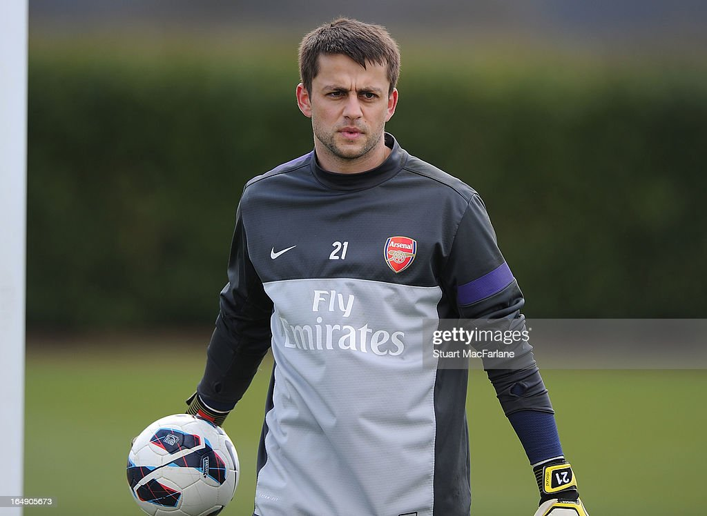 <a gi-track='captionPersonalityLinkClicked' href=/galleries/search?phrase=Lukasz+Fabianski&family=editorial&specificpeople=560874 ng-click='$event.stopPropagation()'>Lukasz Fabianski</a> of Arsenal during a training session at London Colney on March 29, 2013 in St Albans, England.