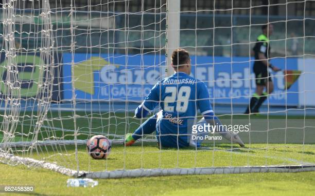 Lukasz Skorupski goalkeeper of Empoli FC shows his dejection after Inglese's goal during the Serie A match between AC ChievoVerona and Empoli FC at...