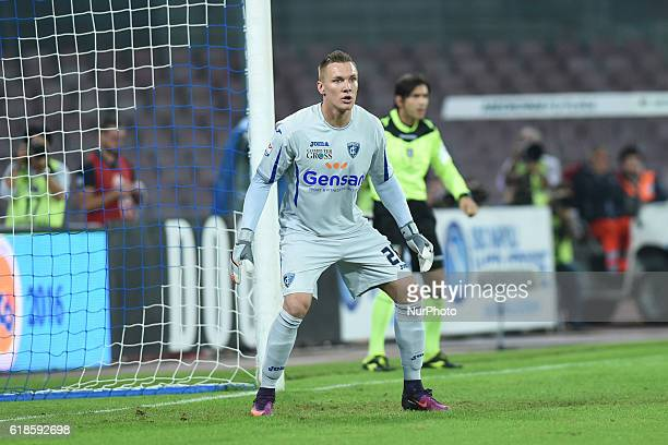 Lukasz Skorupski of Empoli FC during the italian Serie A football match between SSC Napoli and Empoli FC at San Paolo Stadium on October 26 2016 in...