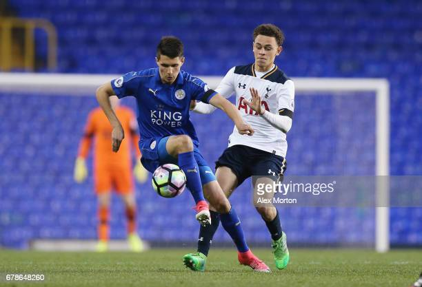 Luke Amos of Tottenham and Bartosz Kapustka of Leicester during the Premier League 2 match between Tottenham Hotspur and Leicester City at White Hart...