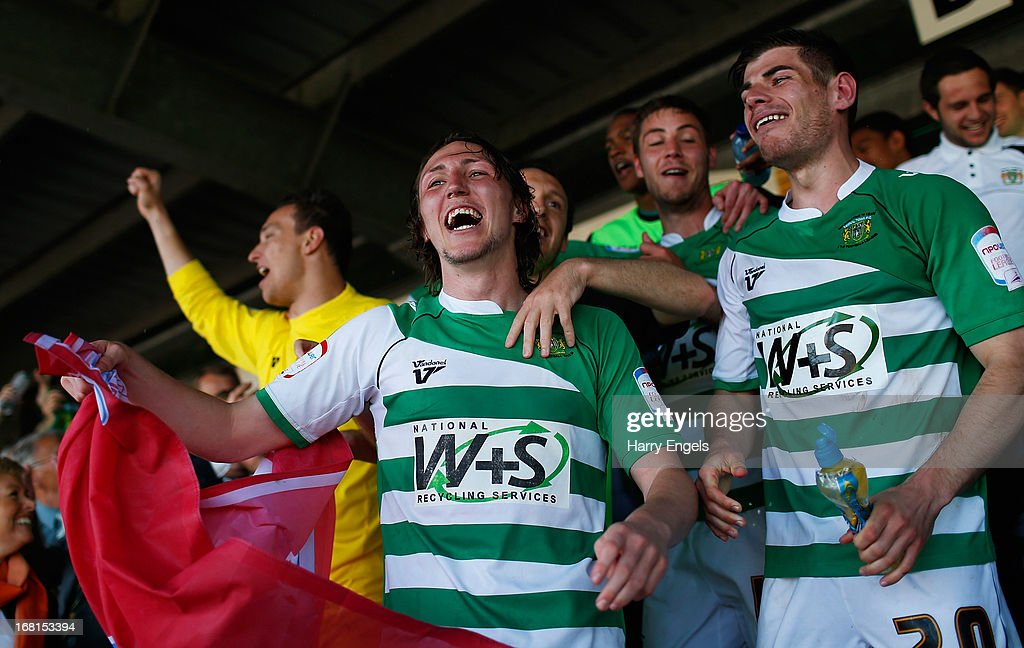 Luke Ayling (C) of Yeovil Town celebrates with his teammates after winning the npower League One Play Off Semi Final second leg match between Yeovil Town and Sheffield United at Huish Park on May 6, 2013 in Yeovil, England.