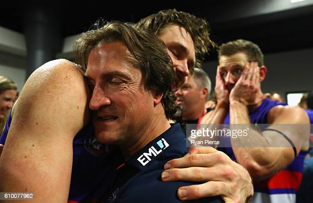 Luke Beveridge coach of the Bulldogs celebrates after the AFL First Preliminary Final match between the Greater Western Sydney Giants and the Western...