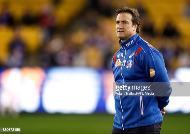Luke Beveridge Senior Coach of the Bulldogs looks on during the 2017 AFL round 21 match between the Western Bulldogs and the GWS Giants at Etihad...