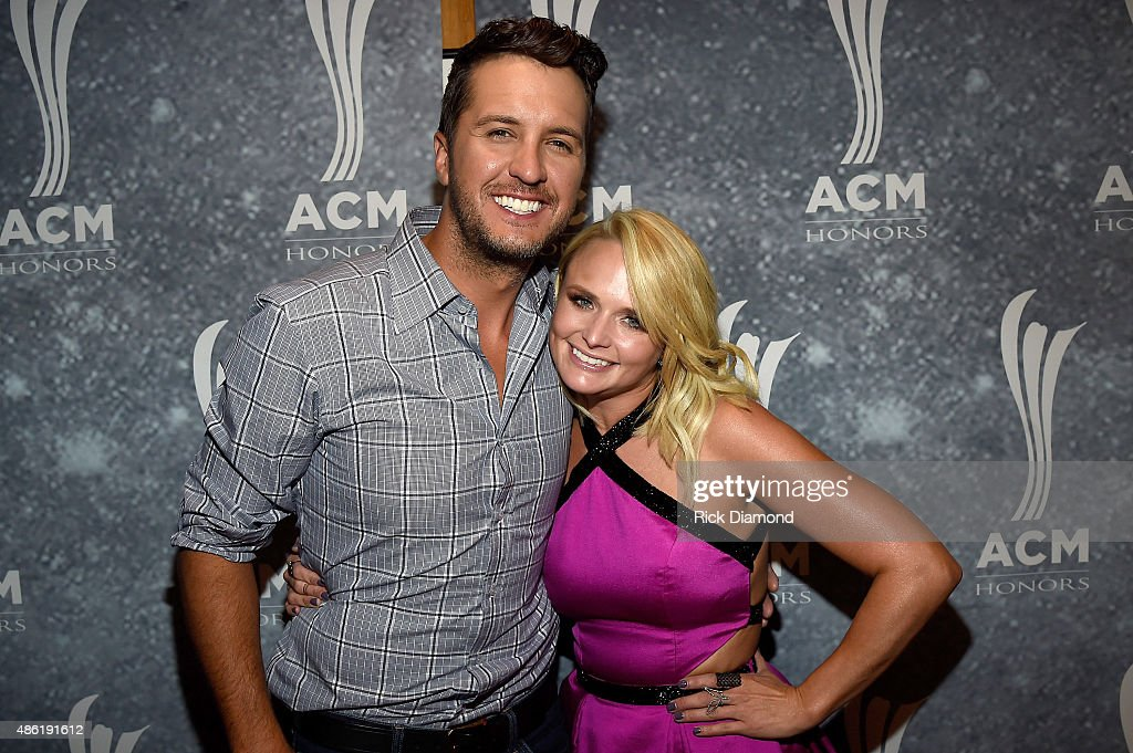Luke Bryan and Miranda Lambert perform backstage during the 9th Annual ACM Honors at the Ryman Auditorium on September 1 2015 in Nashville Tennessee