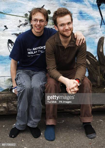 Luke Concannon and John Parker of Nizlopi during a photocall for the Tiscali Sessions secret gig held at Cargo in Shoreditch east London Monday 3...