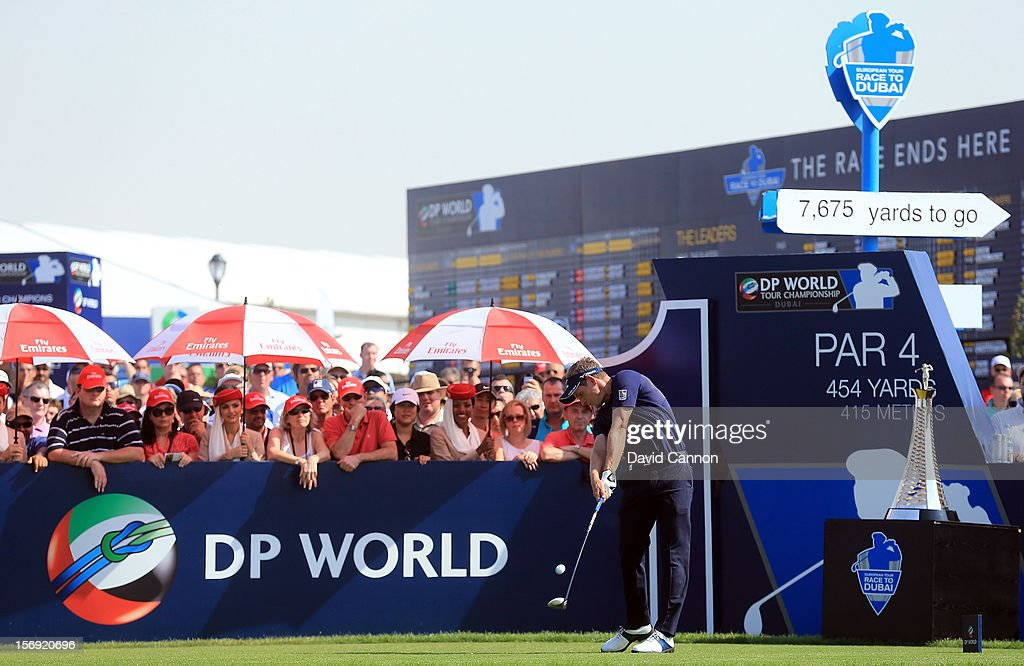 Luke Donald of England drives from the first tee during the final round of the 2012 DP World Tour Championship on the Earth Course at Jumeirah Golf Estates on November 25, 2012 in Dubai, United Arab Emirates.
