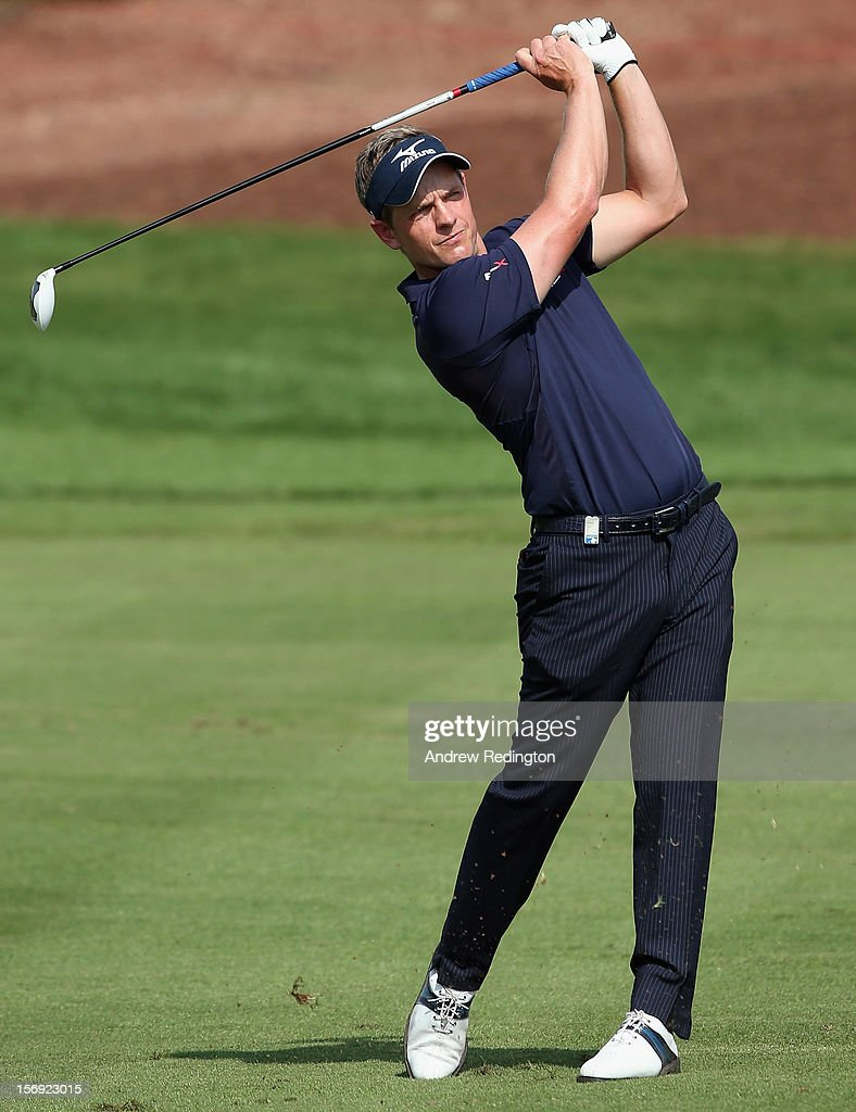 Luke Donald of England in action during the final round of the DP World Tour Championship on the Earth Course at Jumeirah Golf Estates on November 25, 2012 in Dubai, United Arab Emirates.