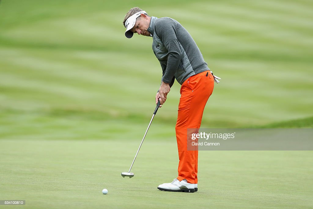<a gi-track='captionPersonalityLinkClicked' href=/galleries/search?phrase=Luke+Donald&family=editorial&specificpeople=194977 ng-click='$event.stopPropagation()'>Luke Donald</a> of England putts during the Pro-Am prior to the BMW PGA Championship at Wentworth on May 25, 2016 in Virginia Water, England.