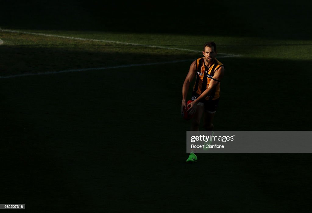 Luke Hodge of the Hawks runs with the ball during the round eight AFL match between the Hawthorn Hawks and the Brisbane Lions at University of Tasmania Stadium on May 13, 2017 in Launceston, Australia.