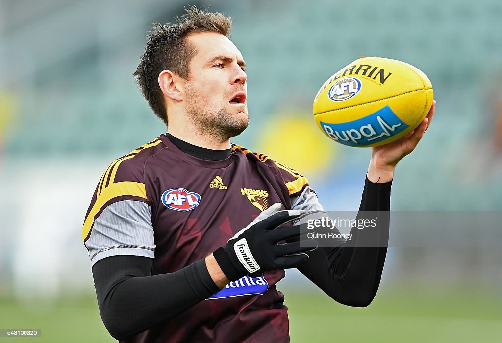 <a gi-track='captionPersonalityLinkClicked' href=/galleries/search?phrase=Luke+Hodge&family=editorial&specificpeople=241521 ng-click='$event.stopPropagation()'>Luke Hodge</a> of the Hawks warms up during the round 14 AFL match between the Hawthorn Hawks and the Gold Coast Suns at Aurora Stadium on June 26, 2016 in Launceston, Australia.