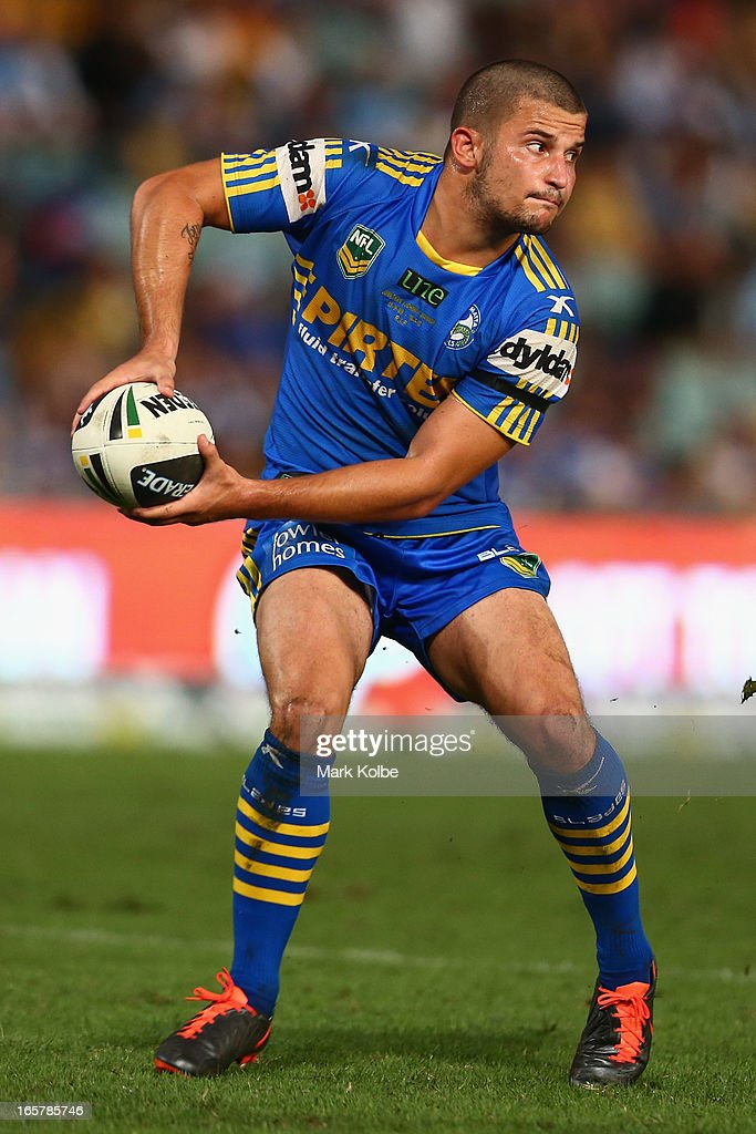Luke Kelly of the Eels passes during the round five NRL match between the Parramatta Eels and the Cronulla Sharks at Parramatta Stadium on April 6, 2013 in Sydney, Australia.