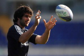 Luke McLean of Italy in action during a training session at Stadio Olimpico on November 16 2012 in Rome Italy