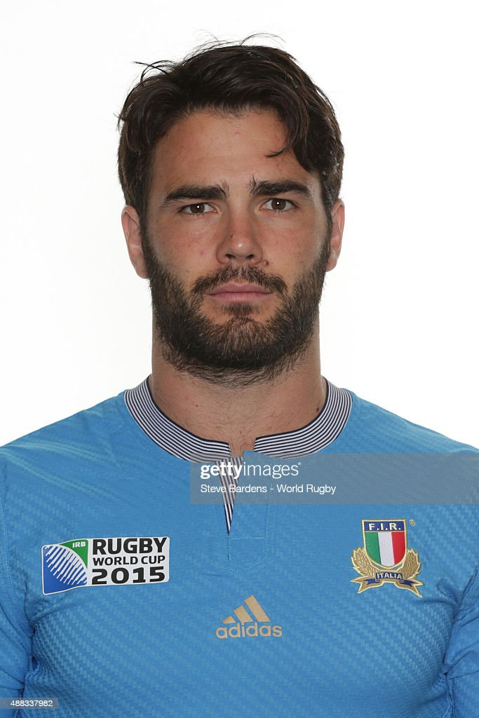 <a gi-track='captionPersonalityLinkClicked' href=/galleries/search?phrase=Luke+McLean&family=editorial&specificpeople=5700811 ng-click='$event.stopPropagation()'>Luke McLean</a> of Italy poses during the Italy Rugby World Cup 2015 squad photo call at the Radisson Blu on September 15, 2015 in Guildford, England.
