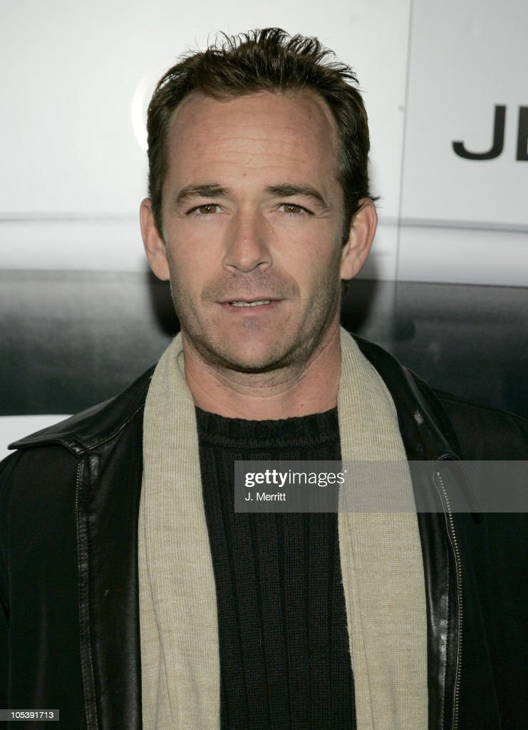 <a gi-track='captionPersonalityLinkClicked' href=/galleries/search?phrase=Luke+Perry&family=editorial&specificpeople=171633 ng-click='$event.stopPropagation()'>Luke Perry</a> during The Premiere of the 2005 Volkswagen Jetta - Arrivals at The Lot in Hollywood, California, United States.