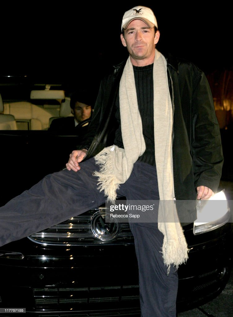<a gi-track='captionPersonalityLinkClicked' href=/galleries/search?phrase=Luke+Perry&family=editorial&specificpeople=171633 ng-click='$event.stopPropagation()'>Luke Perry</a> with Volkswagen during 2005 Volkswagen Jetta Premiere Party - Sponsor at The Lot in West Hollywood, California, United States.