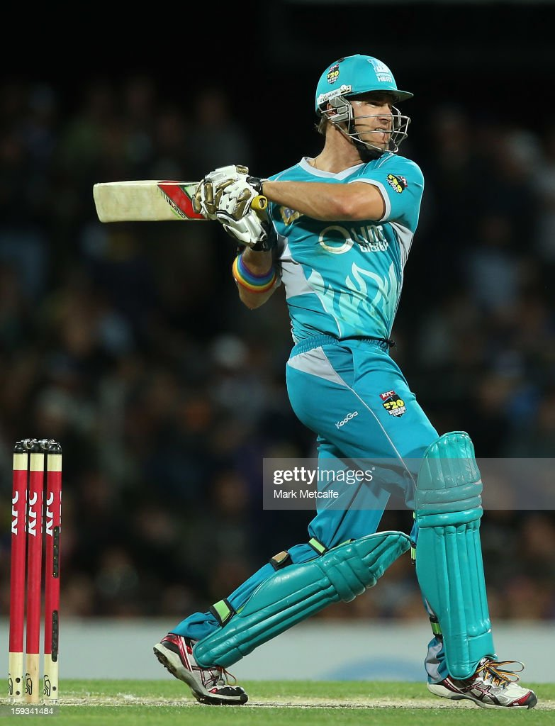 Luke Pomersbach of the Heat bats during the Big Bash League match between the Hobart Hurricanes and the Brisbane Heat at Blundstone Arena on January 12, 2013 in Hobart, Australia.