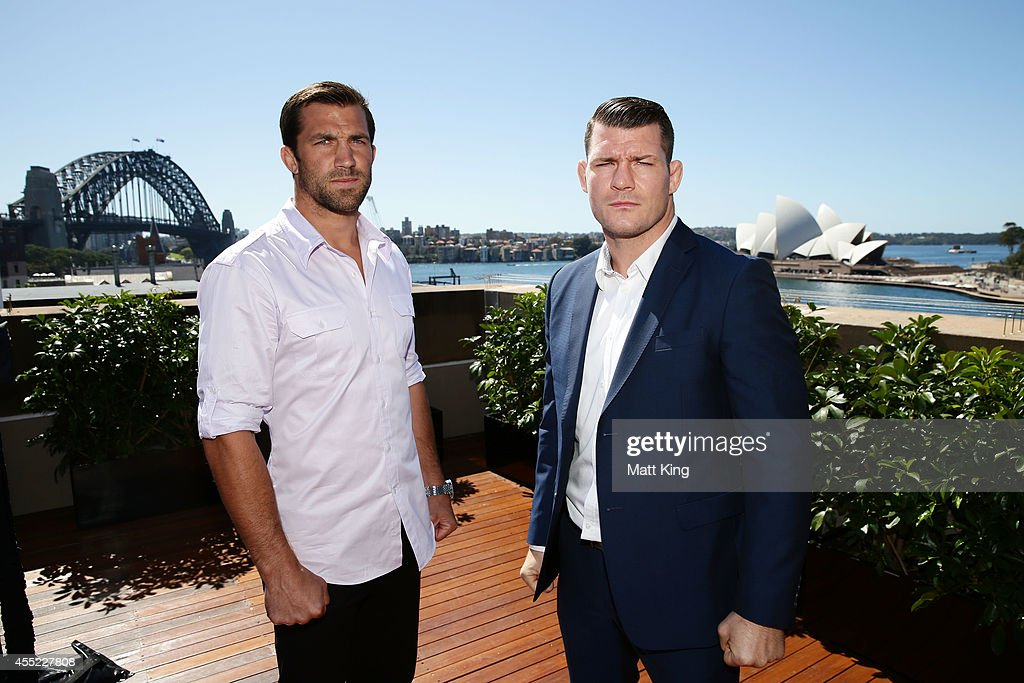 <a gi-track='captionPersonalityLinkClicked' href=/galleries/search?phrase=Luke+Rockhold&family=editorial&specificpeople=8208615 ng-click='$event.stopPropagation()'>Luke Rockhold</a> (L) and <a gi-track='captionPersonalityLinkClicked' href=/galleries/search?phrase=Michael+Bisping&family=editorial&specificpeople=4165714 ng-click='$event.stopPropagation()'>Michael Bisping</a> (R) pose during the UFC Fight Night: Rockhold v Bisping Press Event at Museum of Contemporary Art on September 11, 2014 in Sydney, Australia.