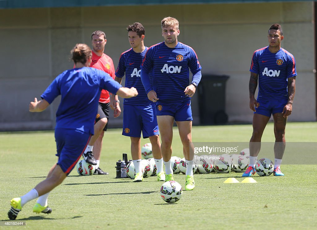 manchester united training session getty images. Black Bedroom Furniture Sets. Home Design Ideas