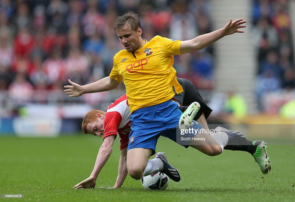 Luke Shaw of Southampton (R) in action with <a gi-track='captionPersonalityLinkClicked' href=/galleries/search?phrase=Jack+Colback&family=editorial&specificpeople=4940395 ng-click='$event.stopPropagation()'>Jack Colback</a> of Sunderland during the Barclays Premier League match between Sunderland and Southampton at the Stadium of Light on May 12, 2013 in Sunderland, England.