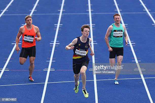 Luke Stevens of Victoria competes in the mens 200m prelim final during the Australian Athletics Championships at Sydney Olympic Park on April 3 2016...