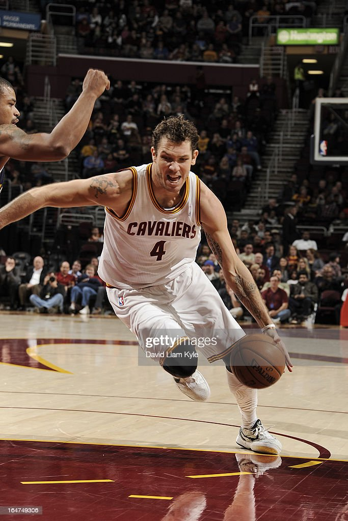 <a gi-track='captionPersonalityLinkClicked' href=/galleries/search?phrase=Luke+Walton&family=editorial&specificpeople=202565 ng-click='$event.stopPropagation()'>Luke Walton</a> #4 of the Cleveland Cavaliers drives to the basket against the Utah Jazz at The Quicken Loans Arena on March 6, 2013 in Cleveland, Ohio.