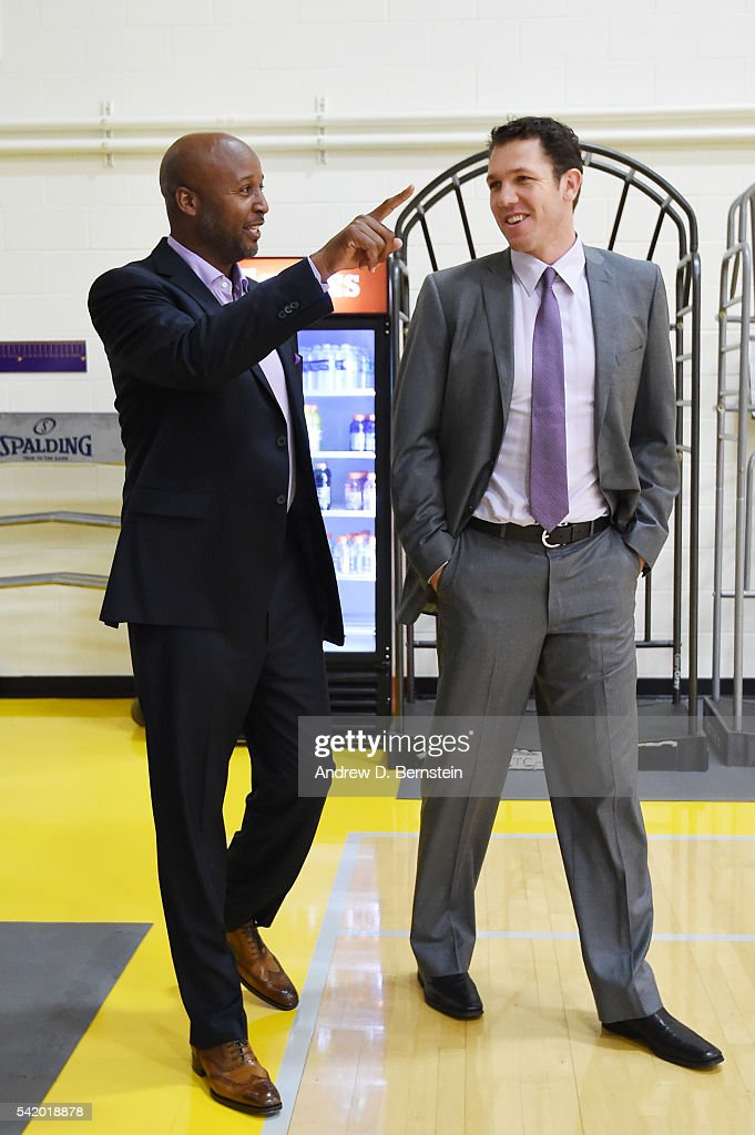 <a gi-track='captionPersonalityLinkClicked' href=/galleries/search?phrase=Luke+Walton+-+Basketball+Player&family=editorial&specificpeople=202565 ng-click='$event.stopPropagation()'>Luke Walton</a> speaks with <a gi-track='captionPersonalityLinkClicked' href=/galleries/search?phrase=Brian+Shaw+-+Basketball+Coach&family=editorial&specificpeople=11376247 ng-click='$event.stopPropagation()'>Brian Shaw</a> after being introduced as head coach of the Los Angeles Lakers on June 21, 2016 at Toyota Sports Center in El Segundo, California.