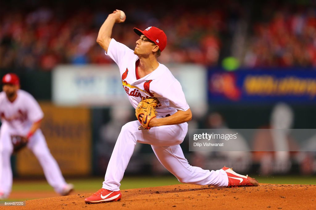 Luke Weaver #62 of the St. Louis Cardinals pitches against the Pittsburgh Pirates in the first inning at Busch Stadium on September 8, 2017 in St. Louis, Missouri.