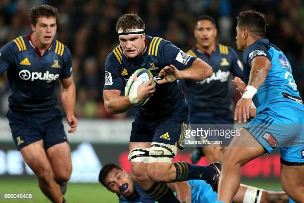 Luke Whitelock of the Highlanders makes a break during the round seven Super Rugby match between the Highlanders and the Blues on April 8 2017 in...