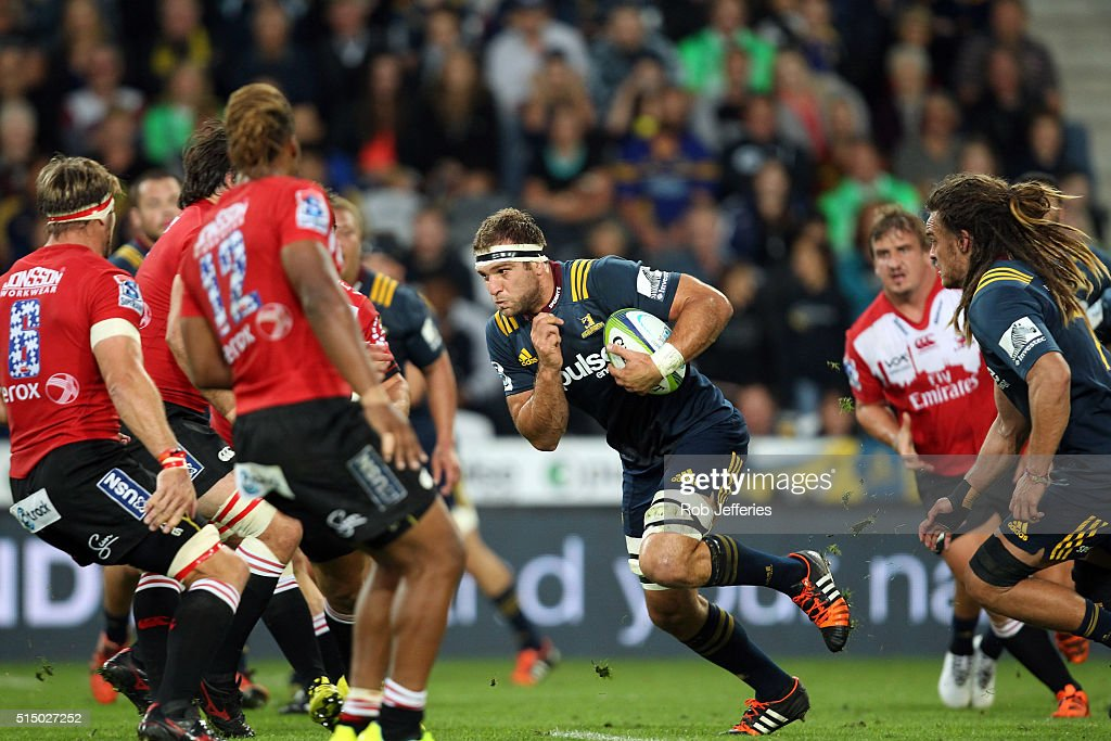 <a gi-track='captionPersonalityLinkClicked' href=/galleries/search?phrase=Luke+Whitelock&family=editorial&specificpeople=7045783 ng-click='$event.stopPropagation()'>Luke Whitelock</a> of the Highlanders on the charg during the round three Super Rugby match between the Highlanders and the Lions at Rugby Park on March 12, 2016 in Dunedin, New Zealand.