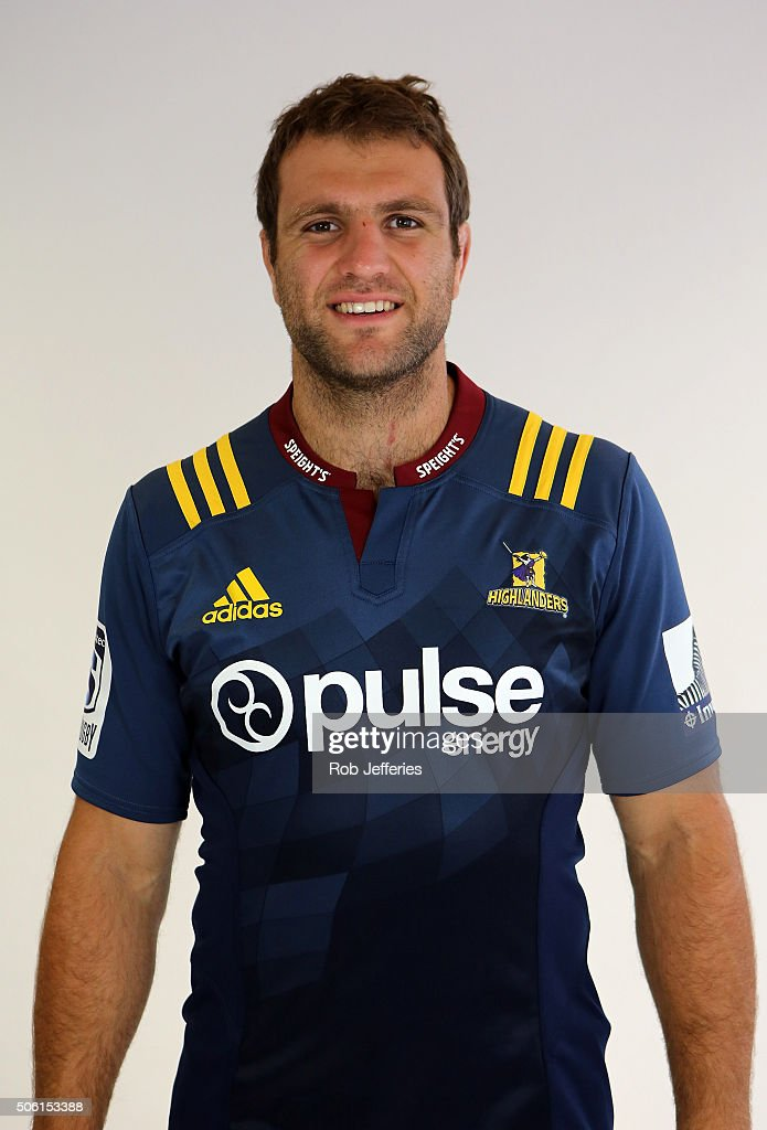 <a gi-track='captionPersonalityLinkClicked' href=/galleries/search?phrase=Luke+Whitelock&family=editorial&specificpeople=7045783 ng-click='$event.stopPropagation()'>Luke Whitelock</a> of the Highlanders poses for a photo during a Highlanders portrait session on January 22, 2016 in Dunedin, New Zealand.