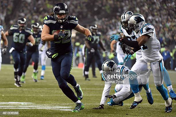 Luke Willson of the Seattle Seahawks runs the ball after a catch in the fourth quarter against the Carolina Panthers during the 2015 NFC Divisional...