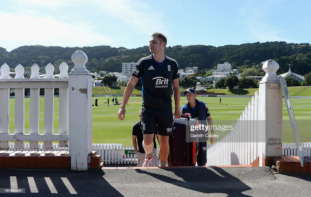 Luke Wright and <a gi-track='captionPersonalityLinkClicked' href=/galleries/search?phrase=Joe+Root&family=editorial&specificpeople=6688996 ng-click='$event.stopPropagation()'>Joe Root</a> of England walk to the nets during a England nets session at Basin Reserve on February 14, 2013 in Wellington, New Zealand.