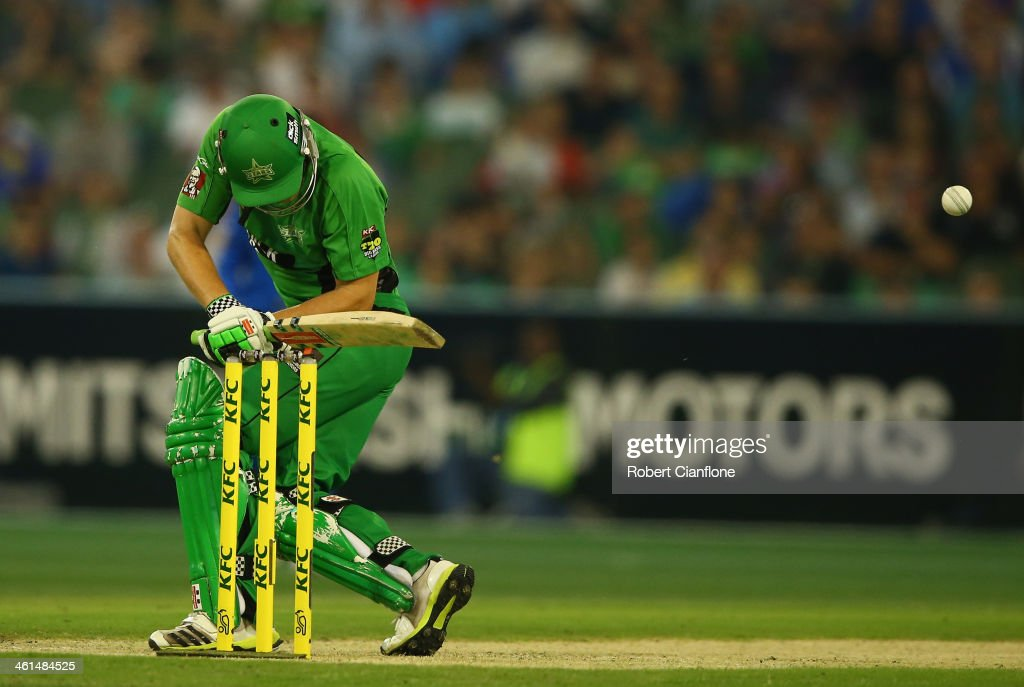 Luke Wright of the Stars is struck by a rising delivery from Shaun Tait of the Strikers during the Big Bash League match between the Melbourne Stars and the Adelaide Strikers at the Melbourne Cricket Ground on January 9, 2014 in Melbourne, Australia.