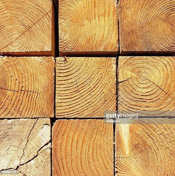 Lumber gros plan