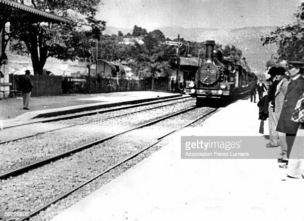 Lumiere's film Arrival of a train in the station of La Ciotat on 1895 RV399332 Obligatory registration to Association des Freres Lumiere Tel 30148058