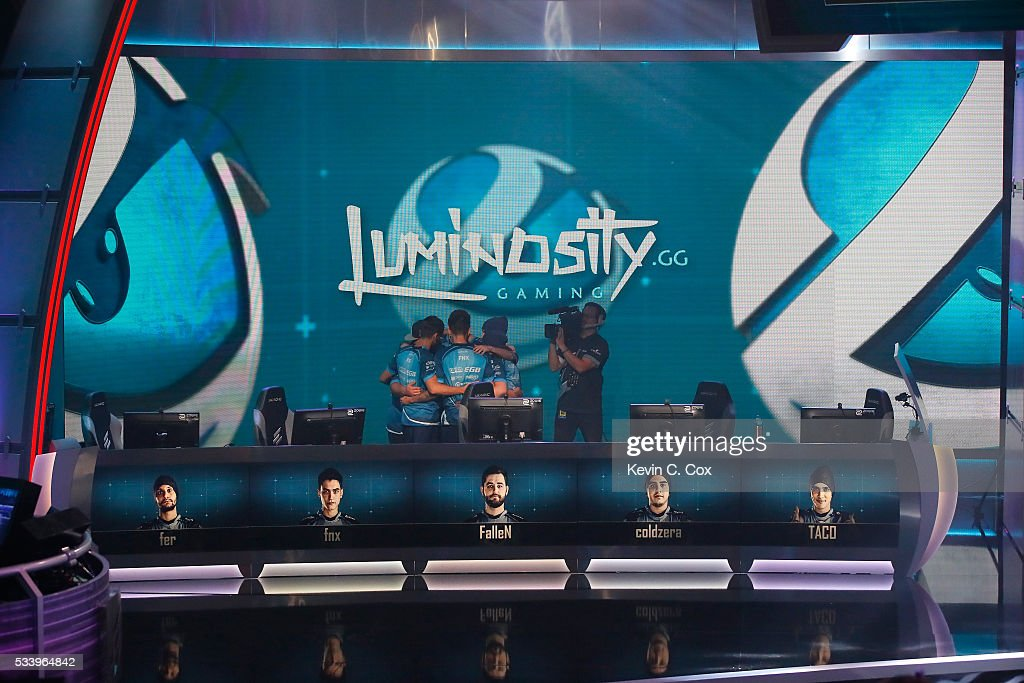 Luminosity huddles prior to competing against the Renegades during Day One of ELEAGUE Group Stage A at Turner Studios on May 24, 2016 in Atlanta, Georgia.