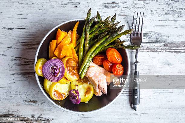 Lunch bowl with vegetables and salmon