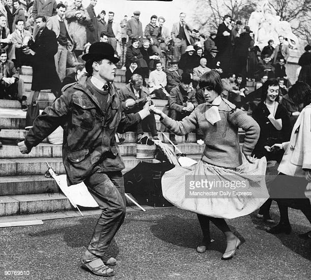 �Lunch stop and a rock�n roll session near the Albert Memorial� Aldermaston in Berkshire became a nuclear base in 1950 Following a demonstration held...
