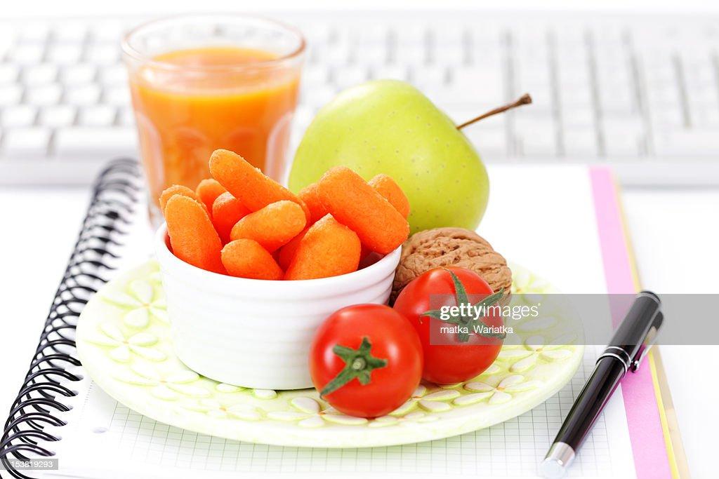 Чем можно быстро перекусить на диете