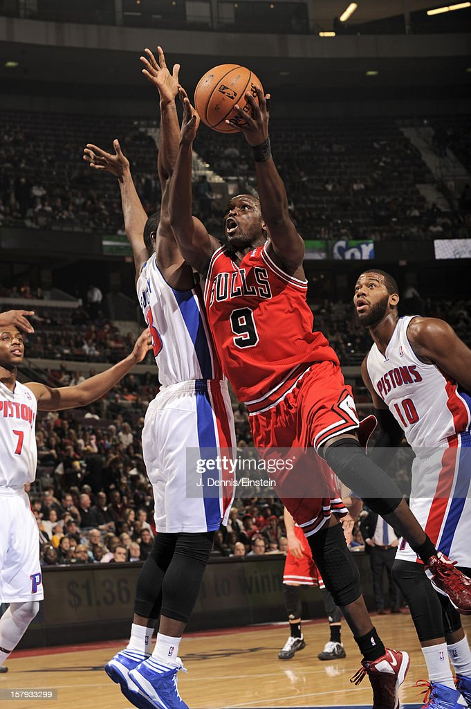 Luol Deng #9 of the Chicago Bulls drives to the basket against the Detroit Pistons on December 7, 2012 at The Palace of Auburn Hills in Auburn Hills, Michigan.