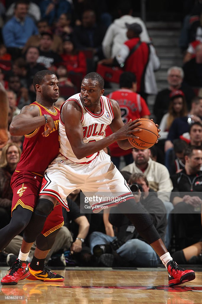 <a gi-track='captionPersonalityLinkClicked' href=/galleries/search?phrase=Luol+Deng&family=editorial&specificpeople=202830 ng-click='$event.stopPropagation()'>Luol Deng</a> #9 of the Chicago Bulls drives to the basket against the Cleveland Cavaliers on February 26, 2012 at the United Center in Chicago, Illinois.