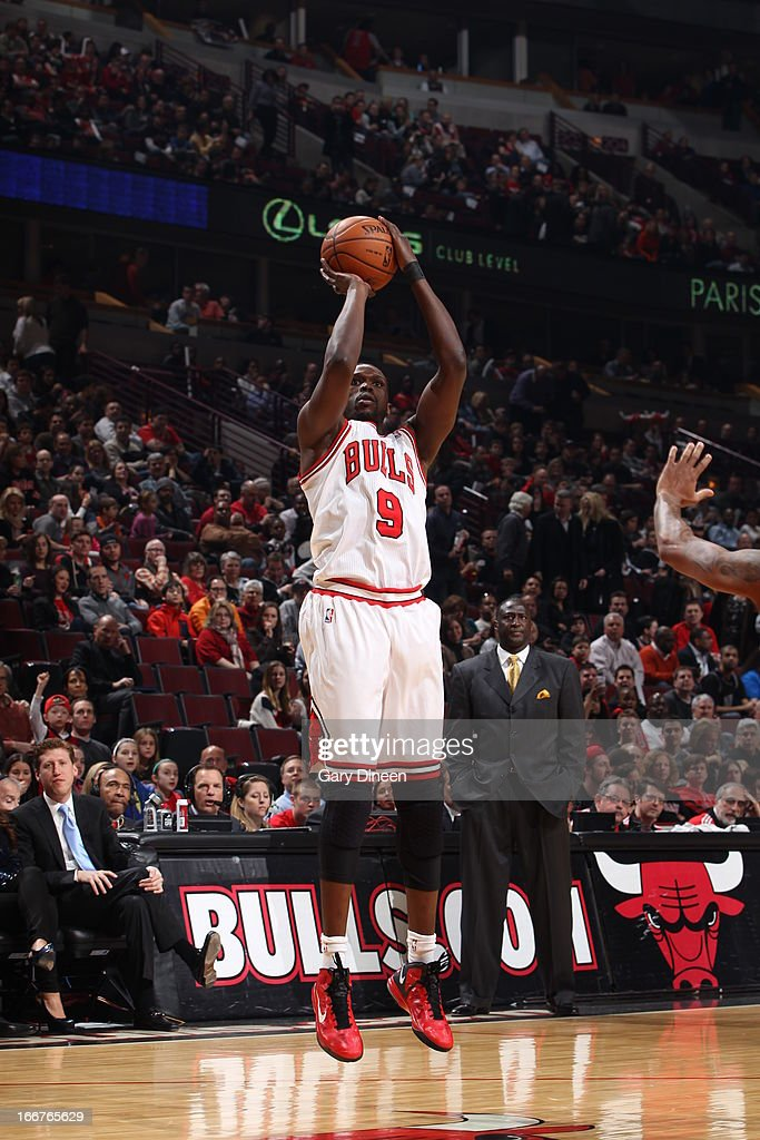 <a gi-track='captionPersonalityLinkClicked' href=/galleries/search?phrase=Luol+Deng&family=editorial&specificpeople=202830 ng-click='$event.stopPropagation()'>Luol Deng</a> #9 of the Chicago Bulls shoots a jumper against the Utah Jazz on March 08, 2013 at the United Center in Chicago, Illinois.