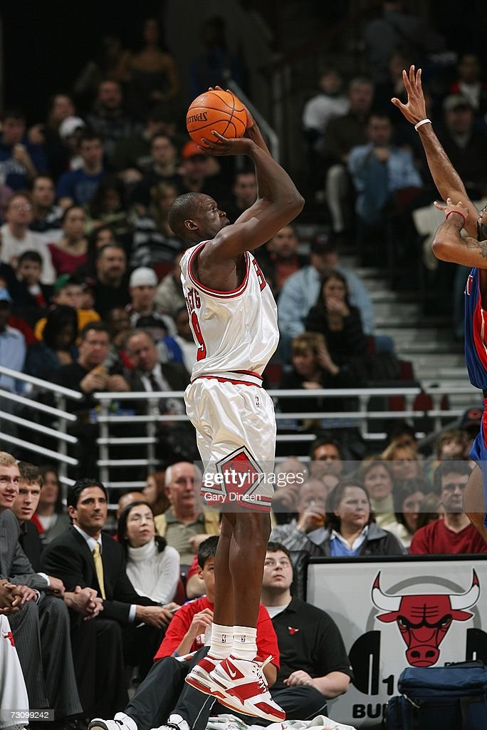 Luol Deng #9 of the Chicago Bulls shoots against the Detroit Pistons during the game at the United Center on January 6, 2007 in Chicago, Illinois. The Bulls won 106-89.