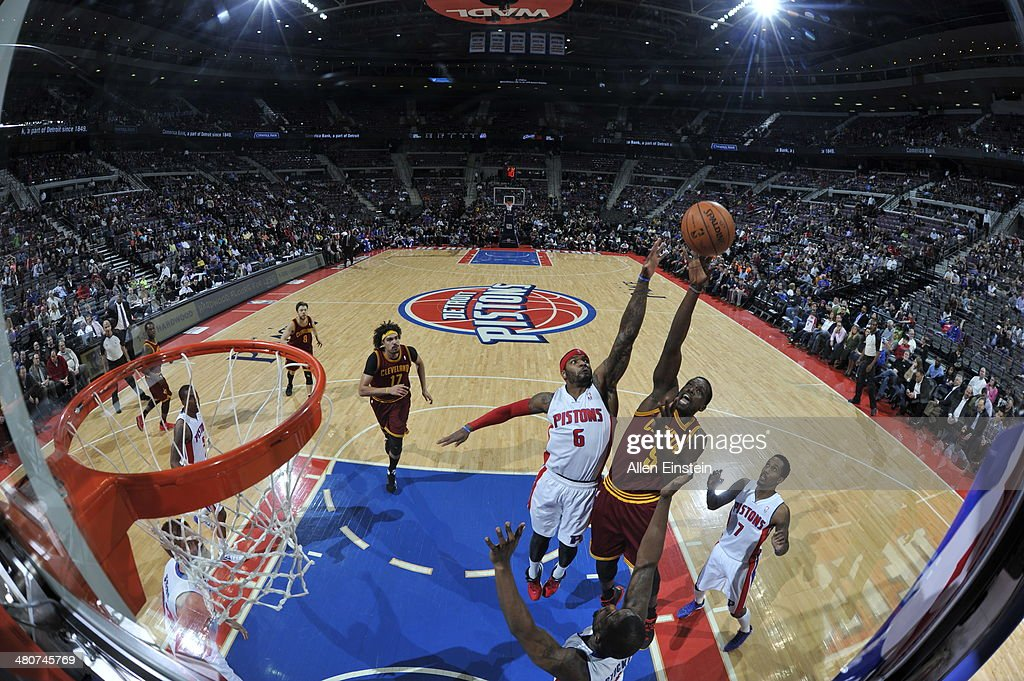 <a gi-track='captionPersonalityLinkClicked' href=/galleries/search?phrase=Luol+Deng&family=editorial&specificpeople=202830 ng-click='$event.stopPropagation()'>Luol Deng</a> #9 of the Cleveland Cavaliers shoots against the Detroit Pistons on March 26, 2014 at The Palace of Auburn Hills in Auburn Hills, Michigan.