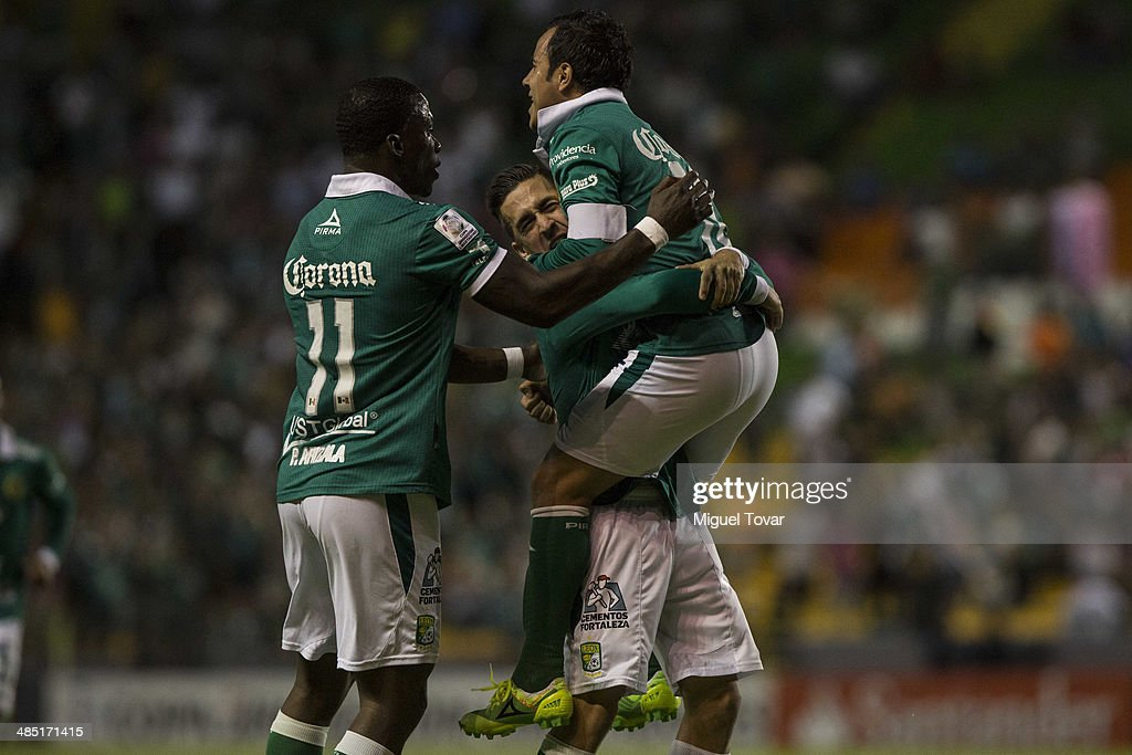 Luís Montes of Leon celebrates a scored goal during a second round match between Leon and Bolivar as part of the Copa Bridgestone Libertadores 2014 at Leon Stadium on April 16, 2014 in Leon, Mexico.